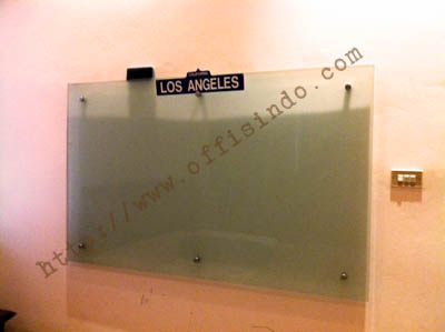 offisindo_glassboard_whiteboard